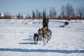Wade Coming into Iditarod