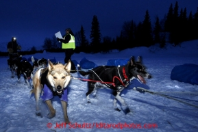 Josh Cadzow of Fort Yukon arrives at the Finger Lake checkpoint Monday, March 4, 2013.